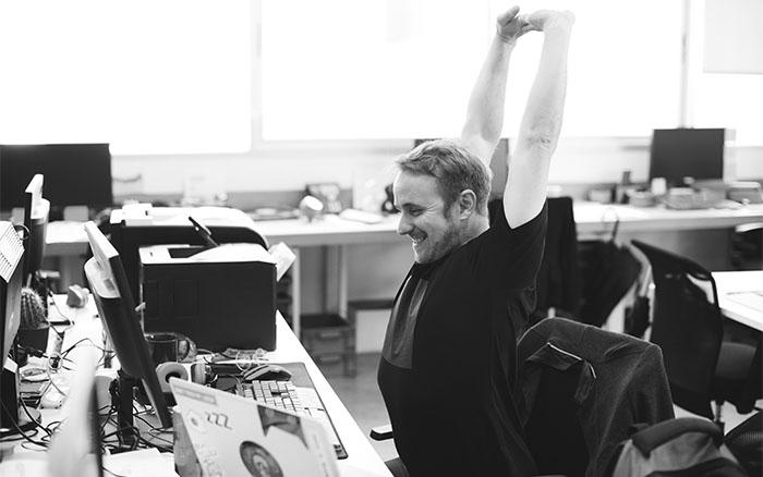 Stress abbauen im Büro mit Achtsamkeitsübungen